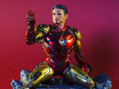 """Iron Studios Статуэтка """"Я Железный человек"""" по фильму Мстители Финал"""