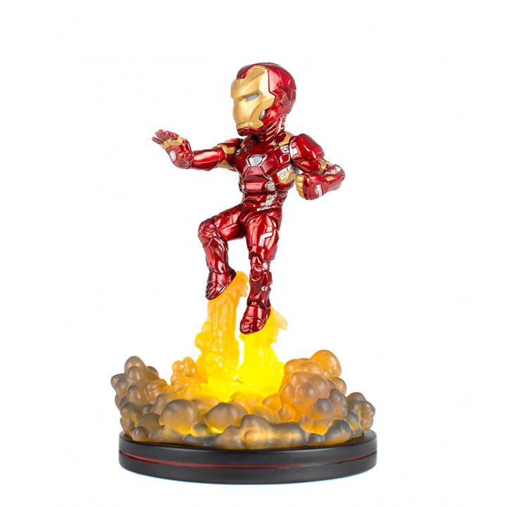 Фигурка Железного человека из фильма Первый мститель: Противостояние.